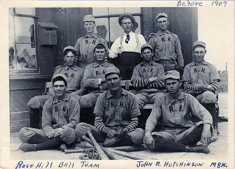 Ball team before 1909.
